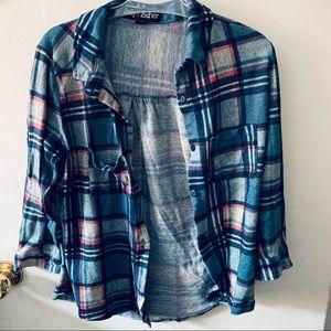💎3/$20 Blue Plaid Shirt Cropped Sleeves